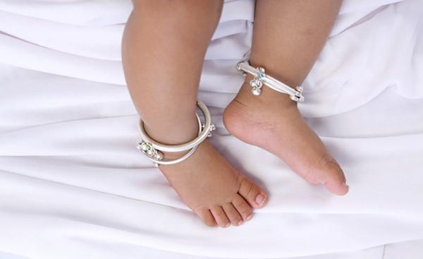 婴儿,金银饰品